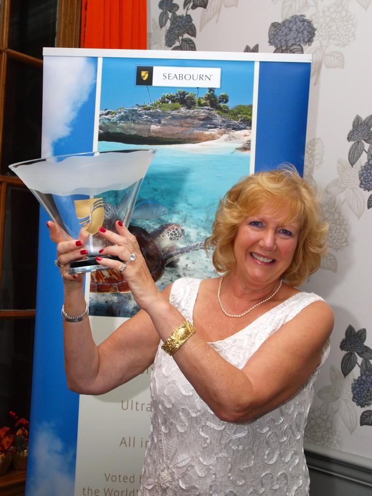 Deluxe Cruises award1
